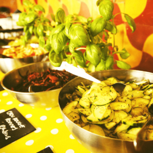 buffet vegetarien coloré traiteur participatif catering